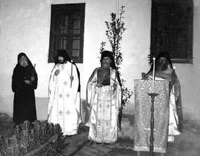 Έτος 1992. Το τελευταίο Πάσχα του Αγίου με τους πατέρες